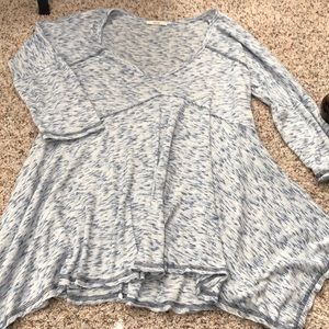 Cotton blend tunic type top.